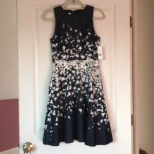 Donna Morgan size 4 summer dress NWT navy/white
